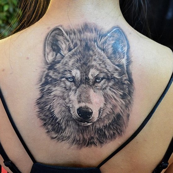 Dotwork Classy Cool Wolf Head Tattoo On Upper Back For Girl